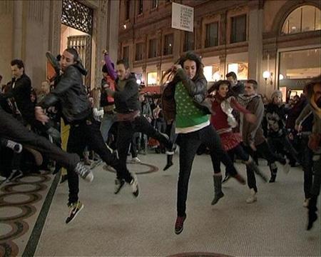 """[VIDEO] Nuovo FlashMob alla stazione Termini: """"Tutti possono ballare"""""""